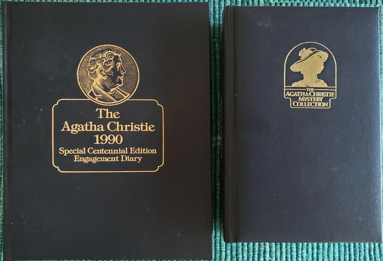 Bantam Christie Engagement Diary Size Comparison